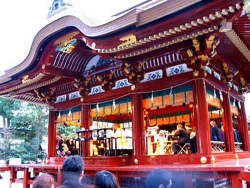 鶴岡八幡宮舞殿1.jpg
