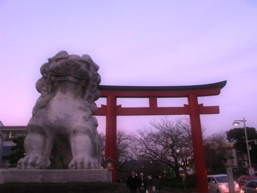 鶴岡八幡宮舞殿2.jpg