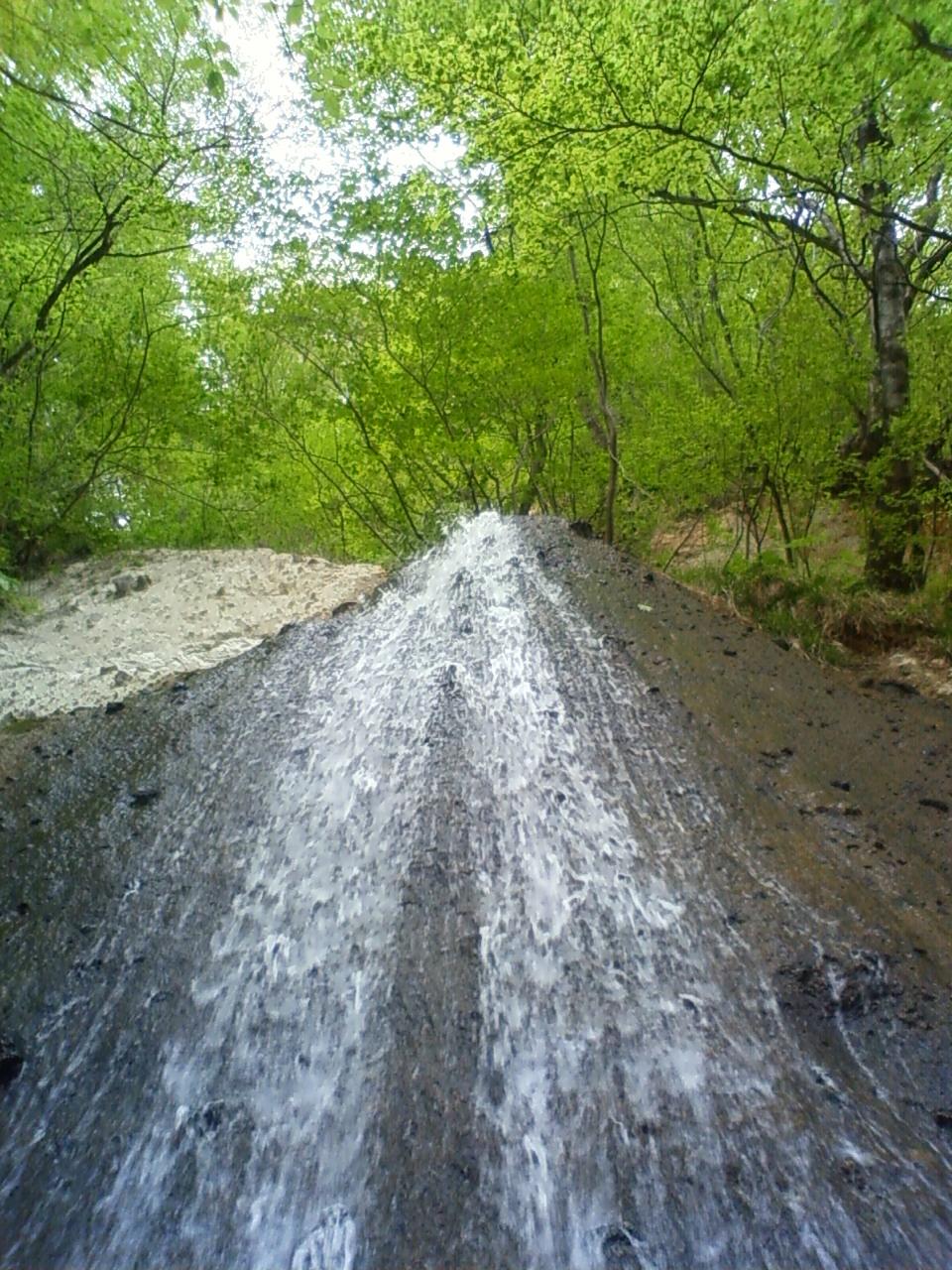 滝にはマイナスイオン