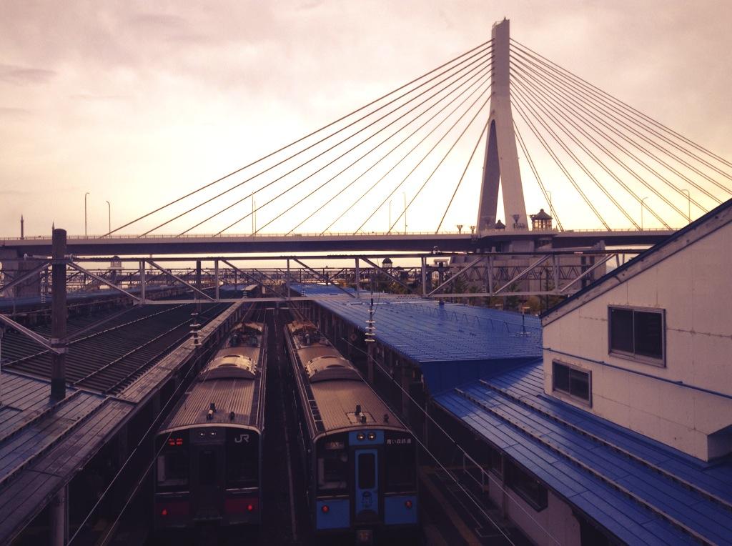 朝のターミナル。